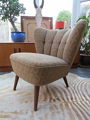 A VINTAGE EAST GERMAN BARTHOLOMEW COCKTAIL CHAIR ORIGINAL MATERIAL C1955 Oc16-16