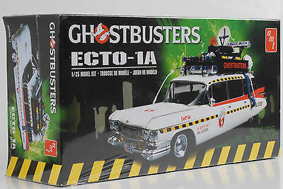 Movie Ghostbusters Ecto 1A Model Kit Bausatz 1:25 Polar Ligths