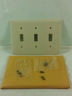 1 Rare Vintage Uniline Bryant Plate Cover Three Gang Switch Toggle 92073 Ivory • CAD $18.45