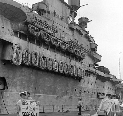 WW2 Photo WWII British HMS Formidable Royal Navy Aircraft Carrier 1941  /7118
