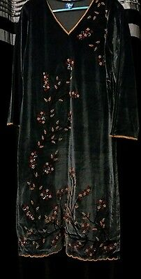Ladies asian 3 piece winter suit velvet embroidered **REDUCED**