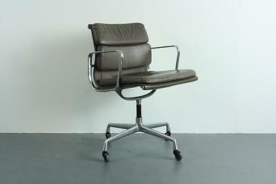 VINTAGE EAMES HERMAN MILLER BROWN LEATHER SOFT PAD GROUP CHAIR #1328a