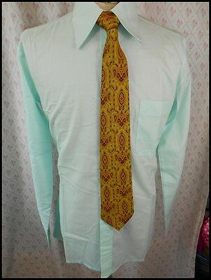 Vintage 70s Pale Green Poly Cotton Pierre Volz Long Sleeve Dress Shirt M AS NEW!