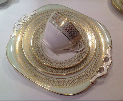 Coalport Vintage China Teacup Trio & Matching Cake Plate Green Gold