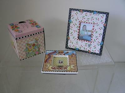 MARY ENGELBREIT LOT OF 3 2 frames THE QUEEN & kleenex box never opened