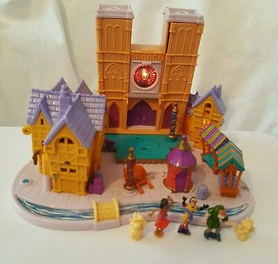 polly pocket hunchback of notre dame Light up with  figures