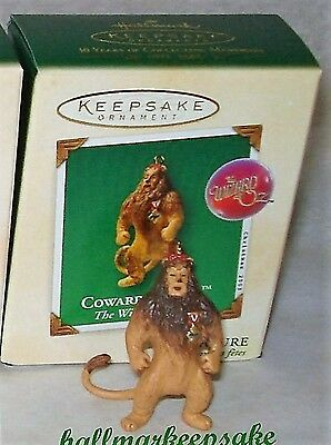 2003 Hallmark Keepsake Miniature Ornament The Wizard Of Oz Cowardly Lion