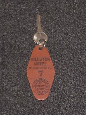 *** LUCKY # 7 *** Vintage Motel Room Key & Fob Antique Keychain Collectible Key