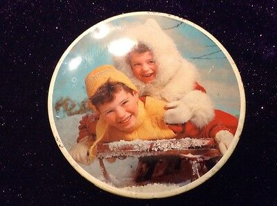 Lovely Vintage Crumpsall, Cardiff & Harlow Christmas Biscuit Tin