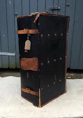 Vintage Steamer Trunk/Blanket Box/Storage Box. Great Christmas Toy Box!!