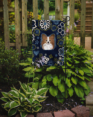 Carolines Treasures  BB5099GF Blue Flowers Papillon Flag Garden Size