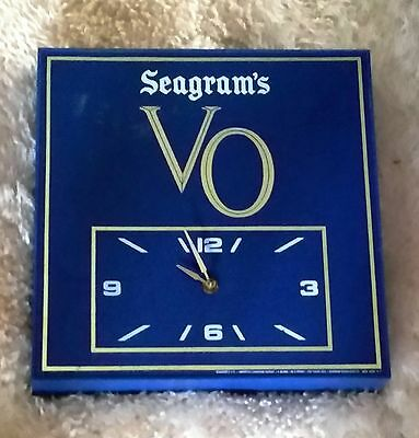 Vintage Seagram's VO Wall Clock, Bar Ware Man-cave, Game Room
