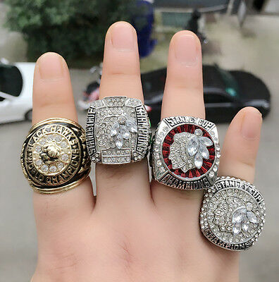 (4 PCs) 1960 2010 2013 2015 Chicago Blackhawks Stanley Cup Championship Ring
