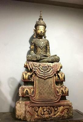 Large Antiques Gilt Teak Emperor Buddha Ayutdhaya Dynasty 17th.C Thai Statues