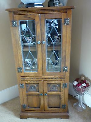 Old Charm Solid Oak / Leaded Glass Cabinet