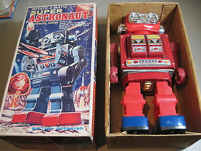 Super Astronaut-Vintage Rotate-O-Matic  Battery Operated Toy Works With Box