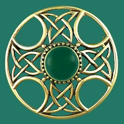 Vintage Gold Celtic Medieval Cross Shield Brooch Set with Green Agate