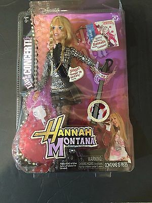"""Rare Disney Hanna Montanna doll sings       """"Pumpin up the party""""brand new"""