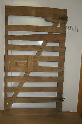 Vintage Salvaged Reclaimed Barn Wood Door, Antique & Decorative Piece, BD-19