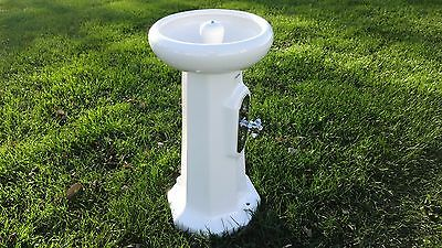 Vintage Toyoki pedestal Water fountain bubbler NOS Great way to get kids water