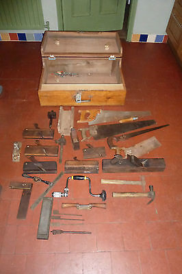 Vintage Joiners Box and Tools (736h)
