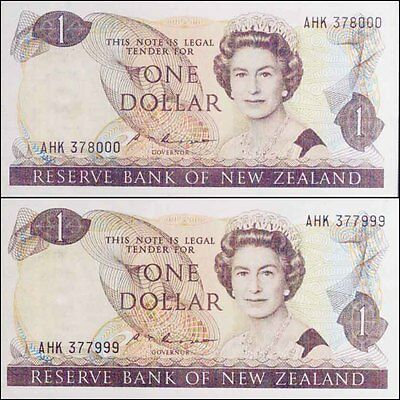 New Zealand 1985 $1 AHK 377999 & 378000 Russell signature Banknotes Issue p169b