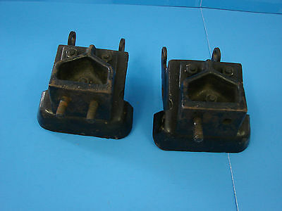 1954-55 Chrysler 331 Hemi Engine Insulator Mounts Ratrod Hotrod