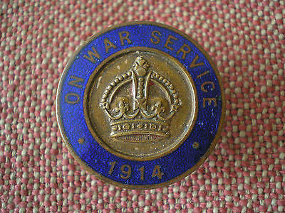 WW1 BRITISH ON WAR SERVICE 1914 LAPEL BADGE by VAUGHTONS of BIRMINGHAM