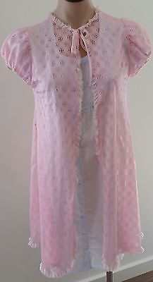 Vintage circa 1960s CANDY PINK Nylon Lace Short Sleeve Tie Front Robe size S 8