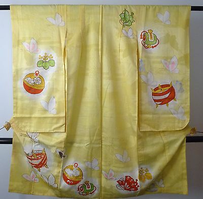 Authentic vintage handmade Japanese yellow silk furisode kimono for girls (H513)