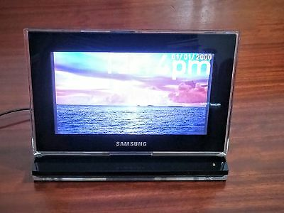 "SAMSUNG 800P 8"" Digital Photo Frame"