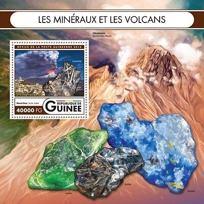 Z08 GU16409b GUINEA (Guinee) 2016 Minerals and volcanoes MNH