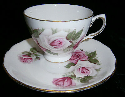 Royal Vale England Tea Cup and Sauser Plate Duo Set