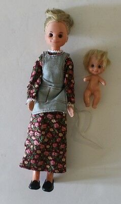 Sunshine Family Dolls Mother and Baby 1975 1973 Mattel Vintage
