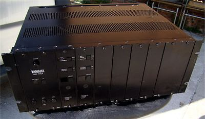 Yamaha Vintage Synthesizer YAMAHA TX216 8-Slot 4U MIDI Sound Module Rack Unit