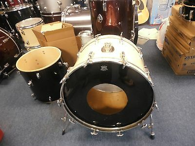 vintage 22 in Rogers bass drum
