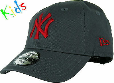New Era 940 NY Yankees Stretch Fit Infants Grey/Red Baseball Cap (0-2 years)