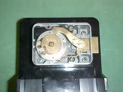 Cutaway S&G lock w/clear back cover on practice stand #2,Locksmith,Safeman