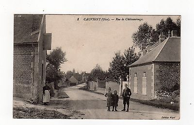 CPA 60 - Cauvigny ( oise )  - rue de Châteaurouge, animation