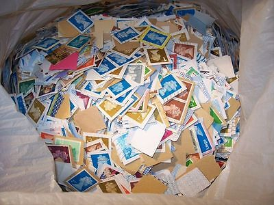 500g Of British Franked Kiloware Stamps - On Paper