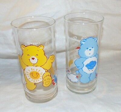 Set of 2 Collectible Pizza Hut 1983 CARE BEAR Drinking Glasses FUNSHINE & GRUMPY