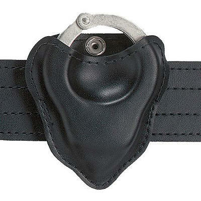 Safariland 090H-22 Black Nylon-Look Open-Top Formed Handcuff Pouch