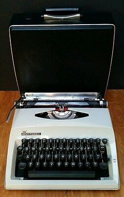 SERVICED & WORKING Adler Contessa Deluxe CUBIC Typewriter Vintage Portable 1970s