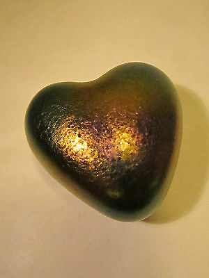 Robet Held Art Glass Paperweight Heart Shaped Iridescent Amethyst Purple w Tag
