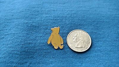 DISNEY Pin 1963 Classic Pooh  sitting down and looking up