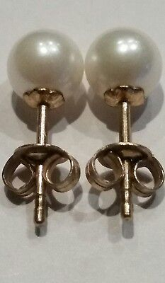 Pair of 9ct Yellow Gold and Pearl Studs