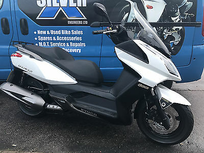 Kymco Downtown 300i, ABS, Still in warranty, 6500 miles, Maxi scooter