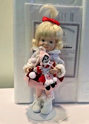 Dianna Effner RUSSIA resin Hands Across the World Int'l doll ALEKSANNRA