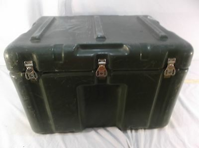 Hardigg 25inx18.5inx16in Heavy Duty Plastic Military Shock Cargo case 100110