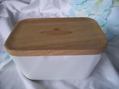 Bertolli Butter Dish With Wooden Lid . Bn